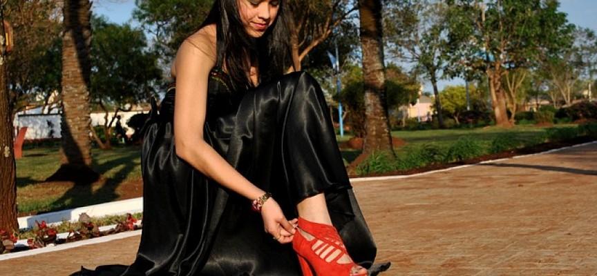 Mode in Schwarz