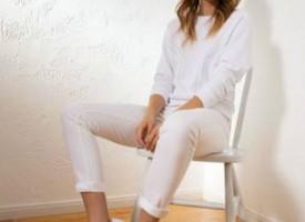 Wie trage ich White Denim Jeans?