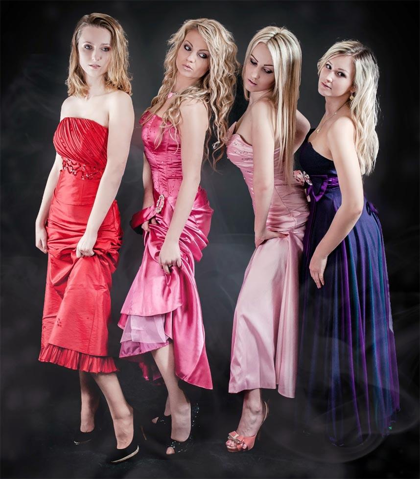 frauen-in-farbigen-kleidern