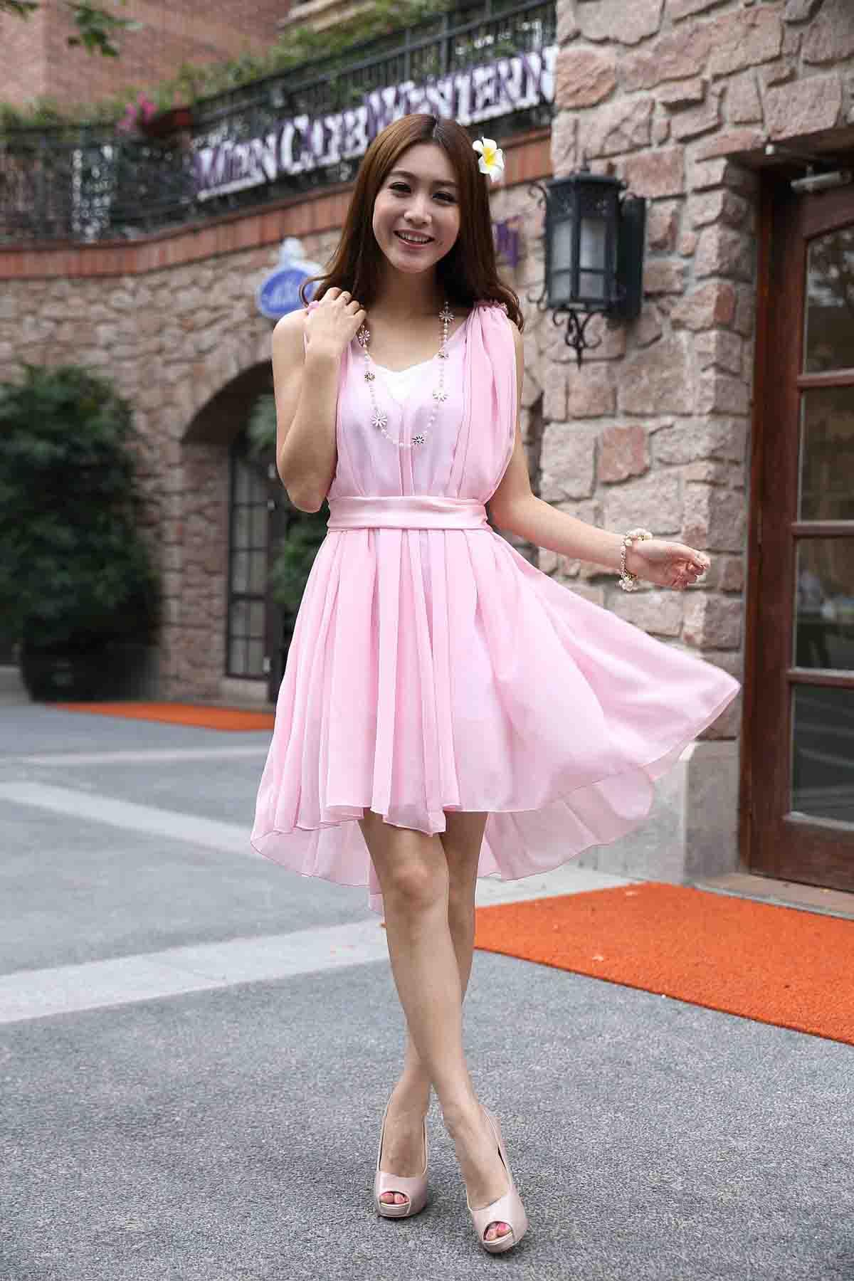 Pastell Kleid Frau