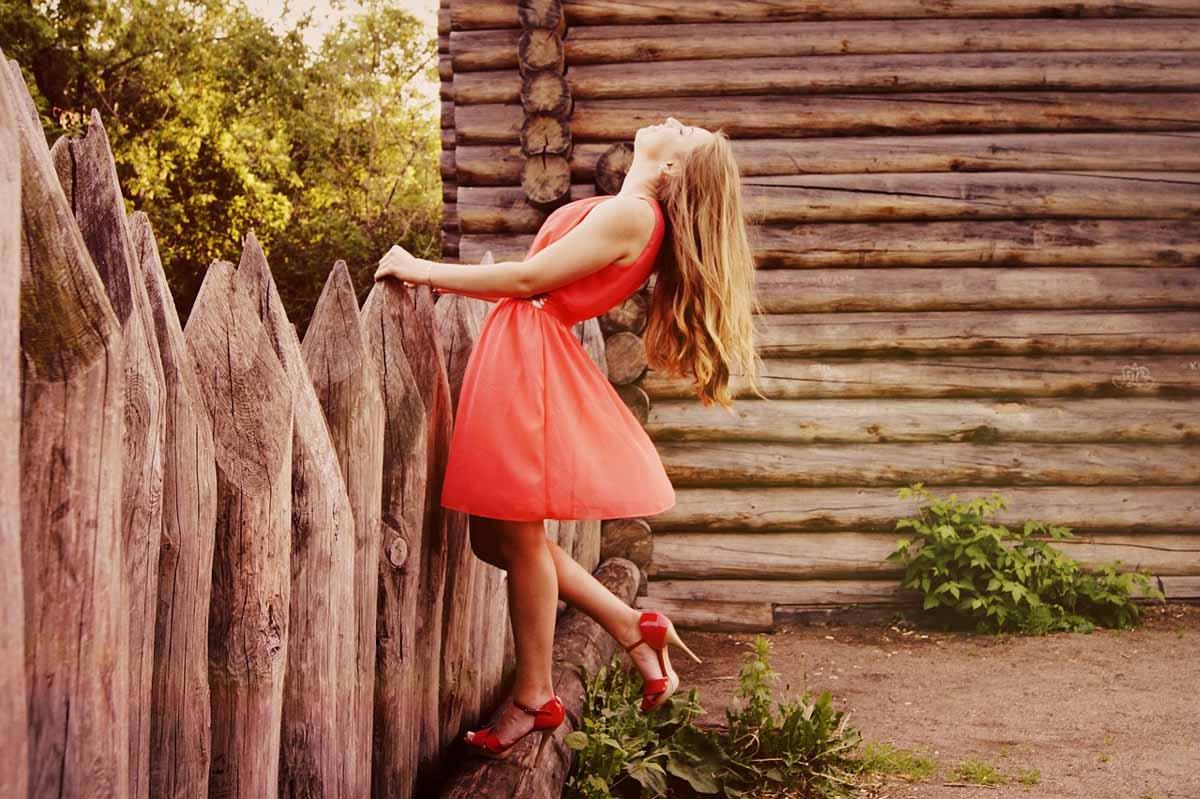 Kleid Orange Modell