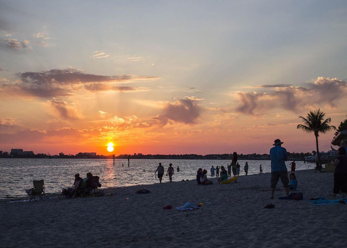 Sonnenuntergang Strand Urlaub