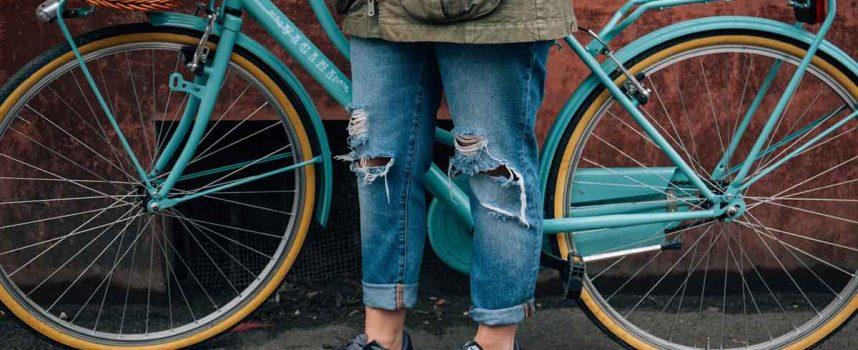 Jeans- Passformen von Baggy Pants bis Loose Fit