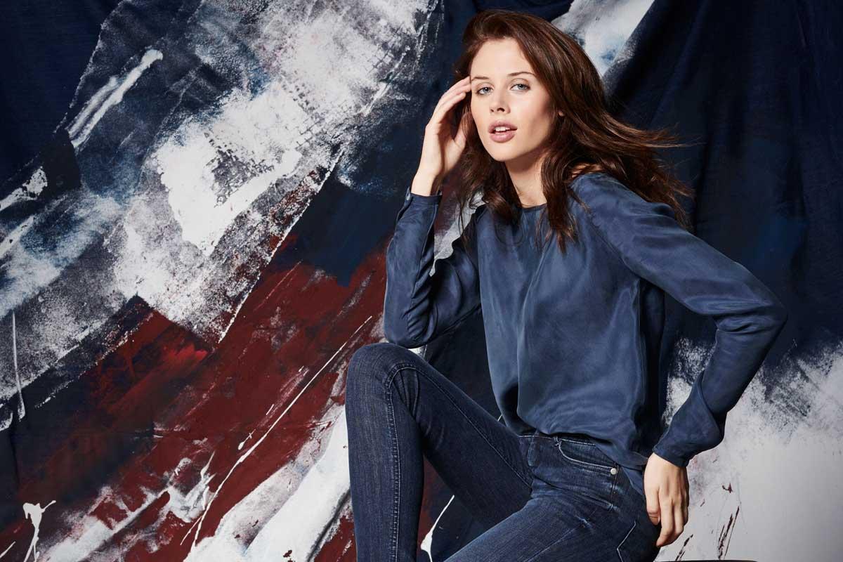Pullover Jeanshose Damenmode