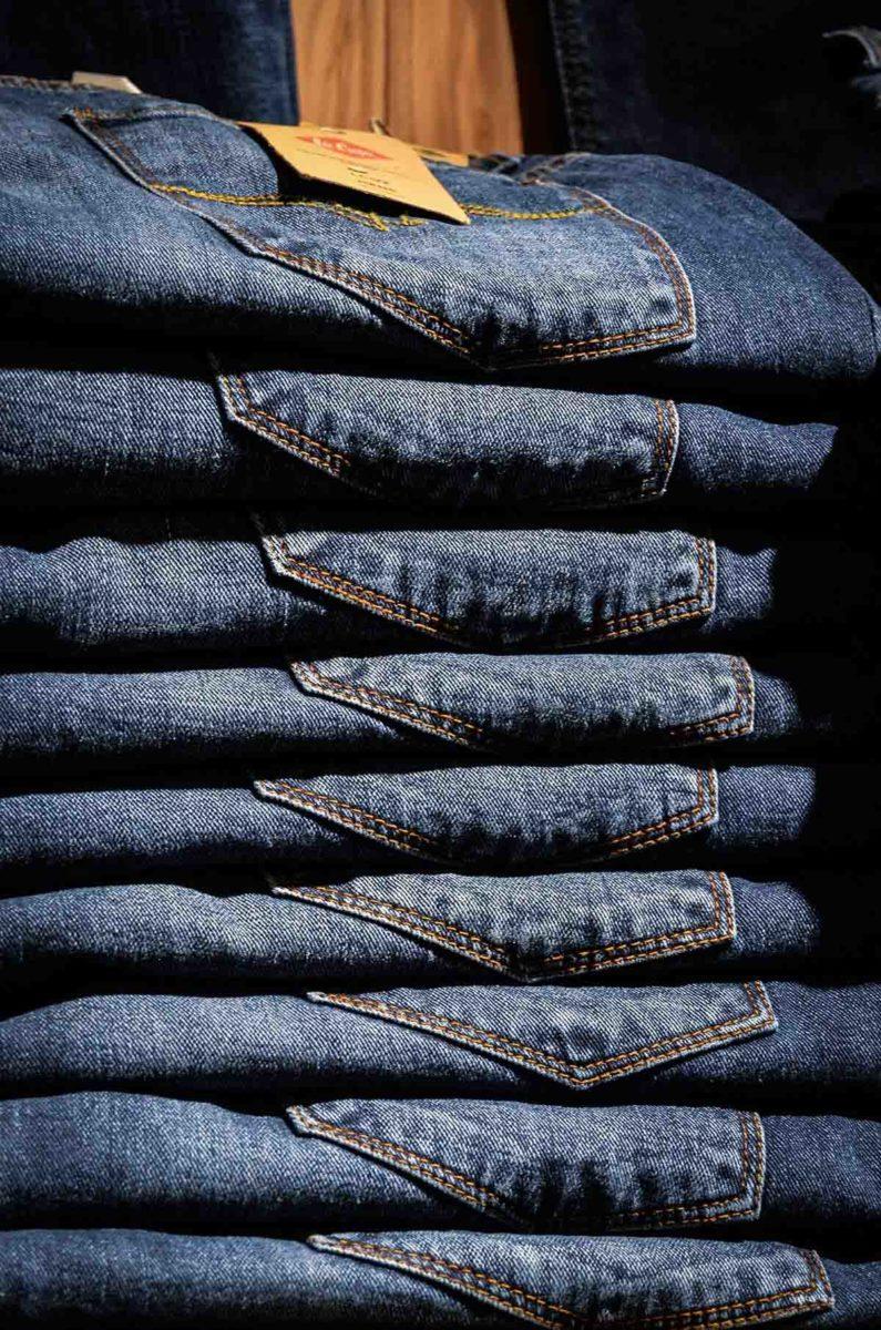 Hosen Jeanshose Stapel
