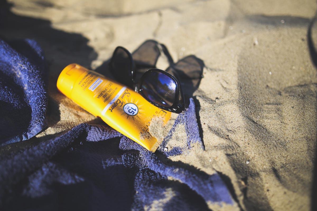 Sonnencreme Strand Sonnenbrille