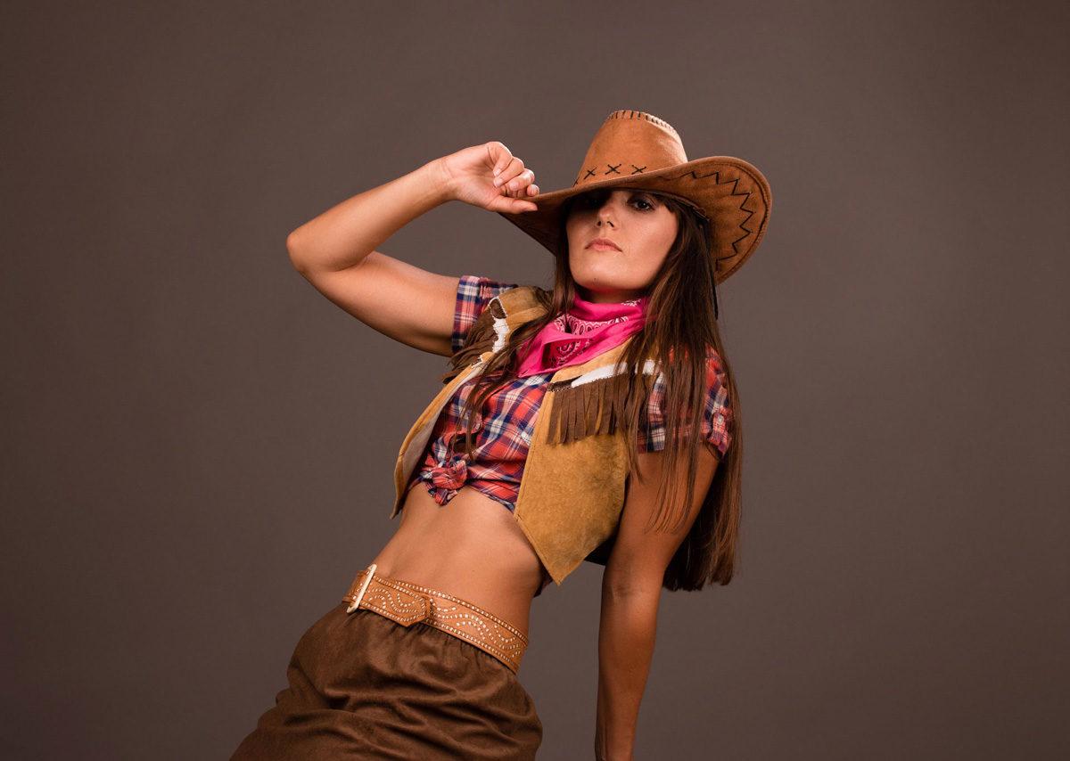 cowboyhut cowboylook cordhose weste