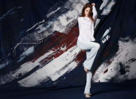 Wie werden Flared Jeans & Schlaghosen getragen?