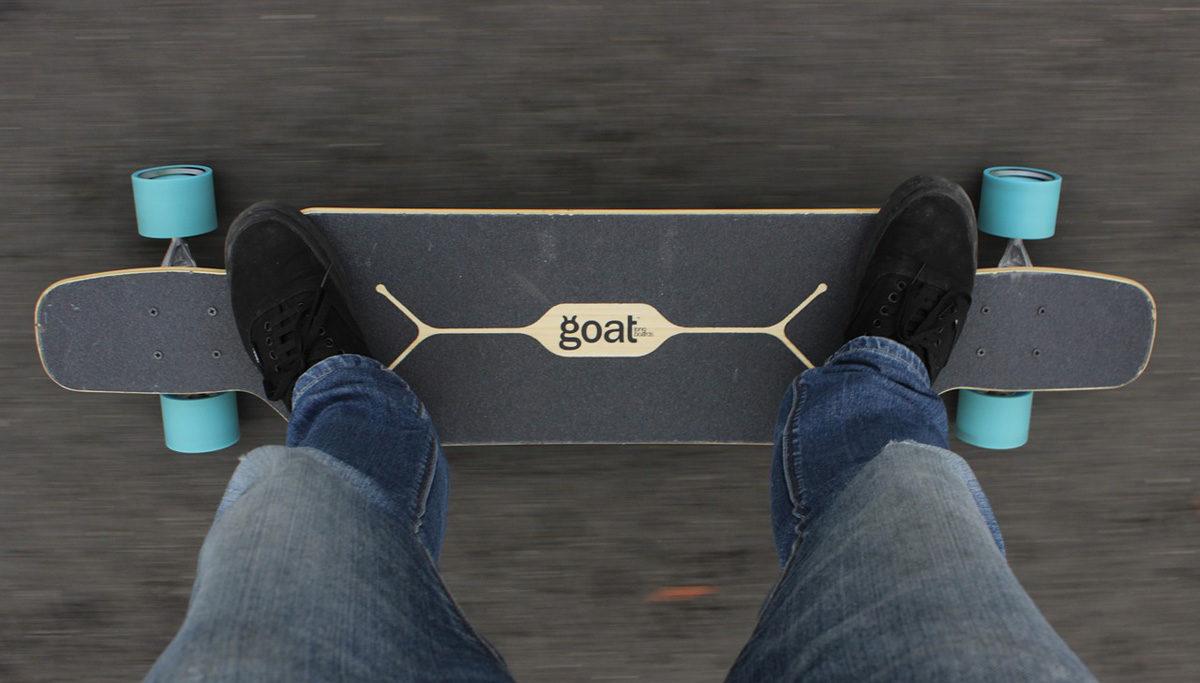 goat longboard jeanhose chucks