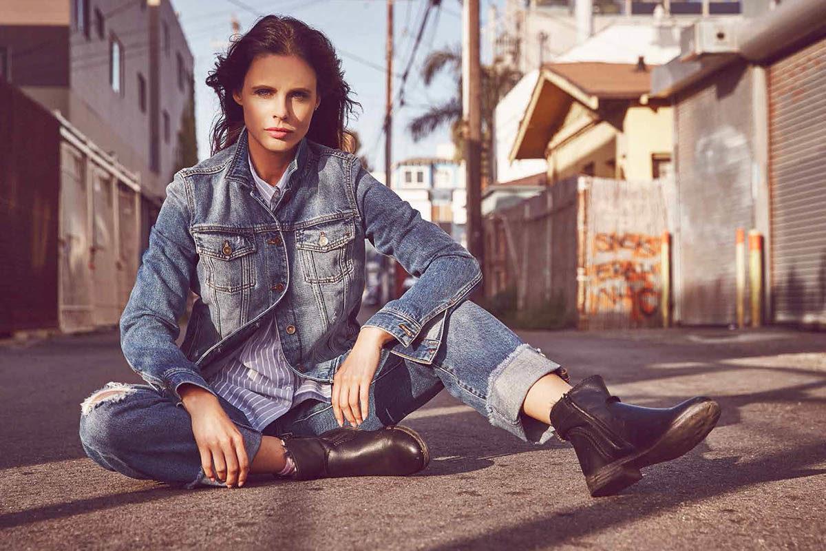 jeansjacke jeanshose boots streifenbluse
